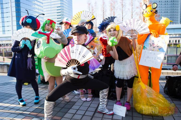 Some Japanese cosplayers who attended Comiket