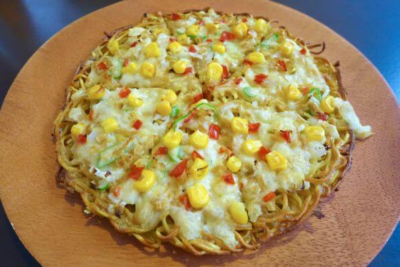 Japanese restaurant offers ramen pizza.